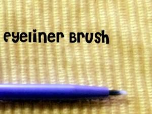 realTechniques Eyeliner Brush